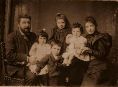 Thomas and Mary Hussey and family