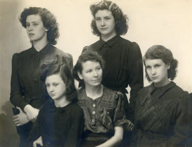 Mary Hussey with daughters