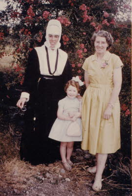 Sr. Patricia o'Connor and Mary Leahy (formerly O'Connor) with niece